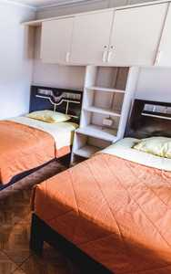 90 soles per room<br/>